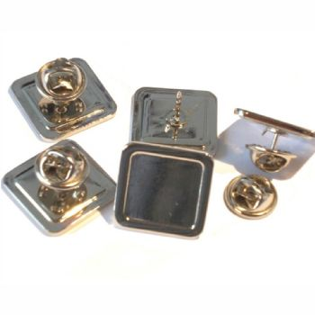 Superior Badge Blank square 16mm silver clutch & clear dome